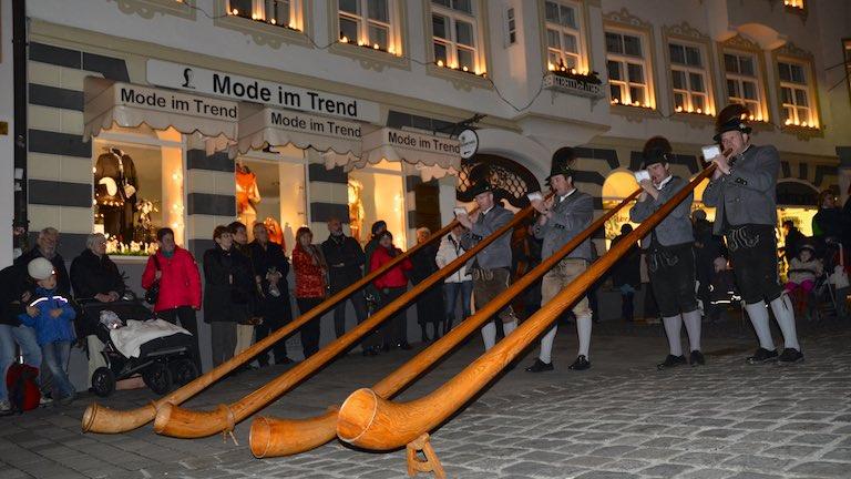 Weihnachtsmarkt | Alphornbläser Bad Tölz