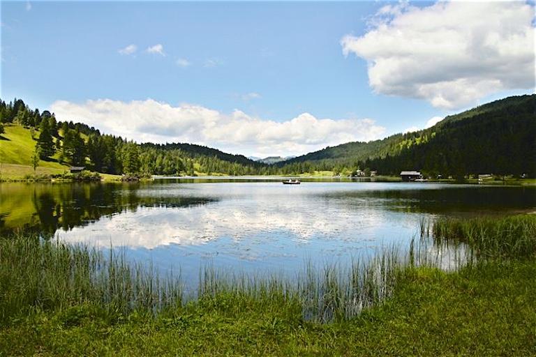 Badespaß mit Bergblick   Der Ferchensee