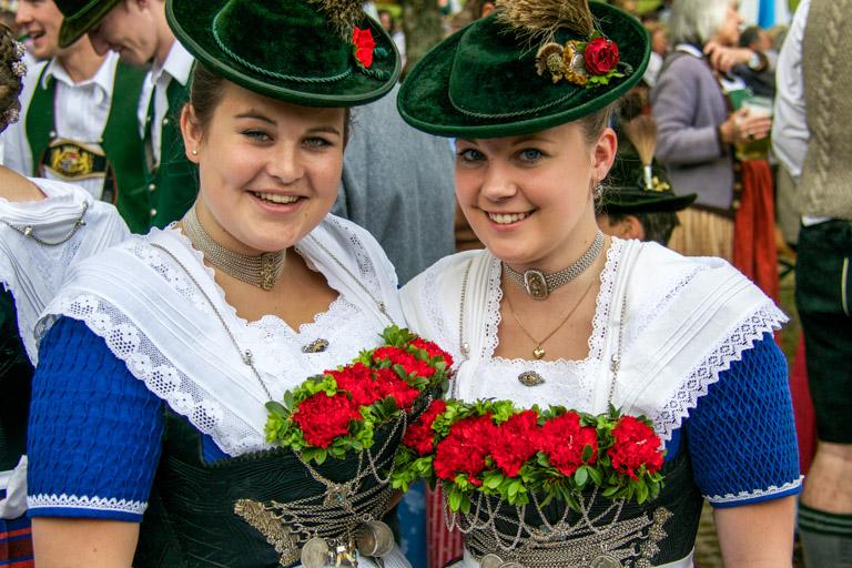 Hirschbergler Waldfest | Fesche Madel