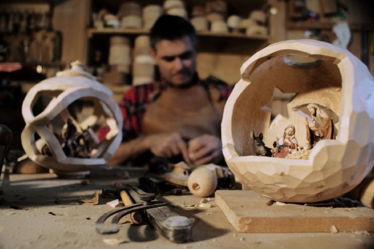 Holzkugeldrechsler | Feinarbeit