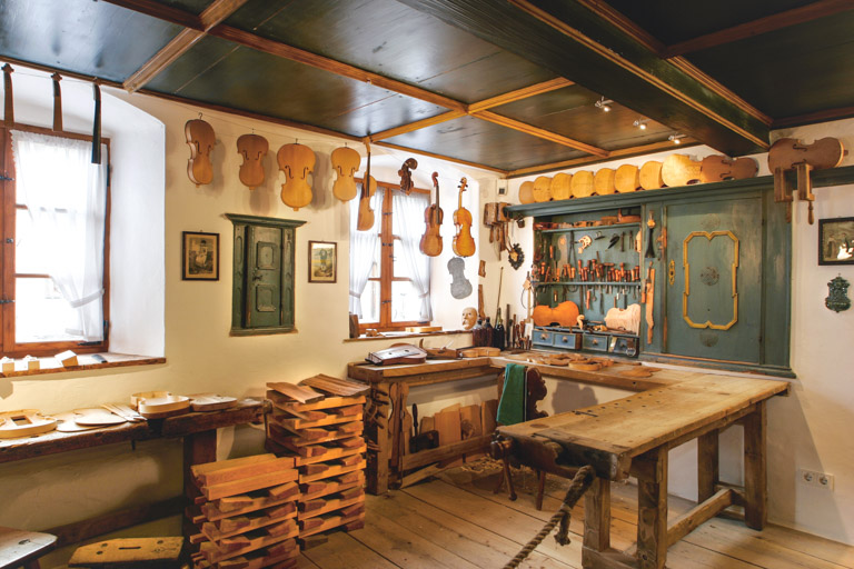 Museen im Oberland: Geigenbaumuseum Mittenwald