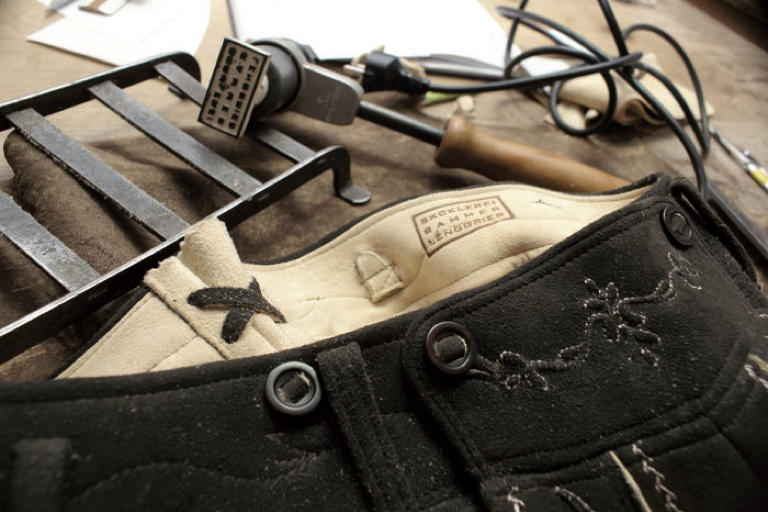 Hirschledernes Meisterstück | Lederhose