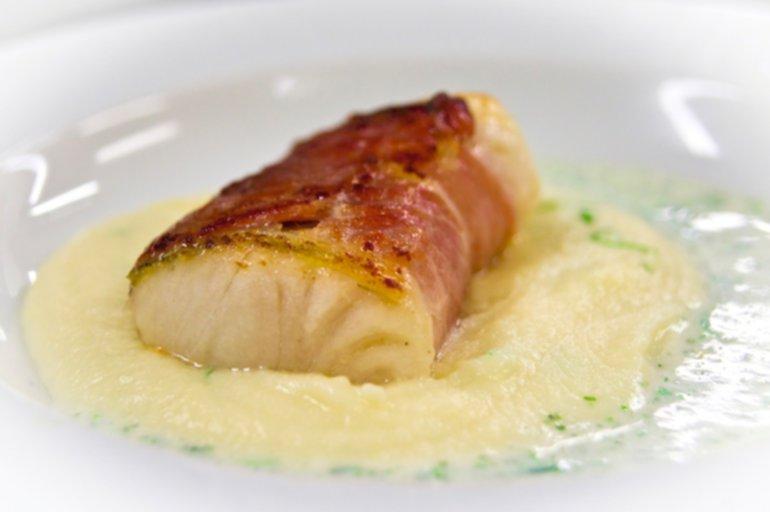 Sommer Küche Rezept : Leichte sommerküche á la plötz zanderfilet im speckmantel